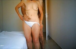 երիտասարդ աղջիկը բռնել է տղամարդու խմբին իր անդամի վրա սեքս խողովակներ եւ կուլ է տվել նրա սերմնահեղուկը: