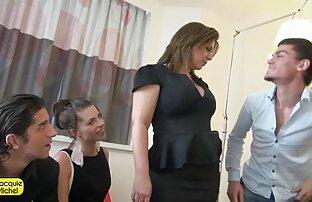 Աղջիկ, Հայաստան ժպիտ սեքսի ժամանակ հին ու երիտասարդ պոռնո տեսանյութեր