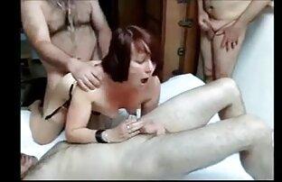 Անկողնում ձեռնաշղթաներով աղջիկ լավագույն հնդկական պոռնո