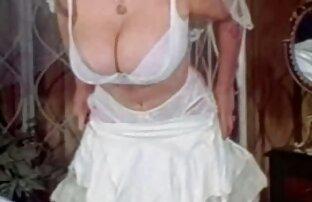 Կույս շատ մոտ է հայտնվել իր pussy. նոր սեքս վիդեոներ